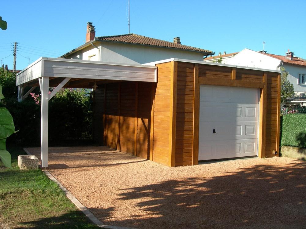 Garage beton aspect bois toit plat